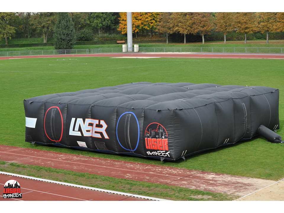 laser game mobile laserstreet v nement nouveau labyrinthe gonflable laserstreet pontault. Black Bedroom Furniture Sets. Home Design Ideas